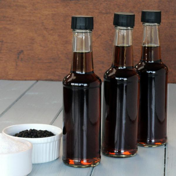Plain vinegar for pie and mash