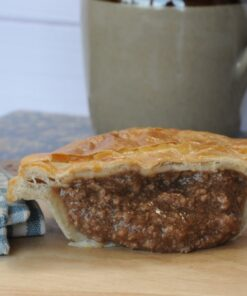 Minced beef pie