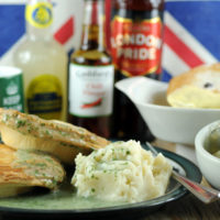 Fathers Day pie mash and liquor gift box with eels